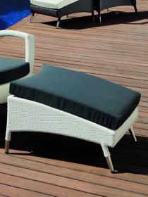 Скамейка для ног с подушкой